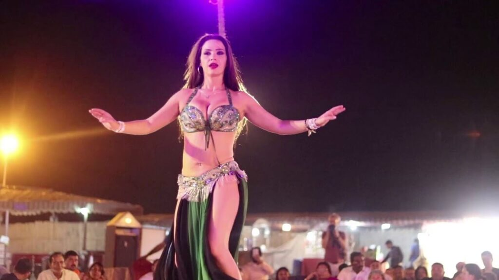 Belly Dance in Arabian Desert Safari